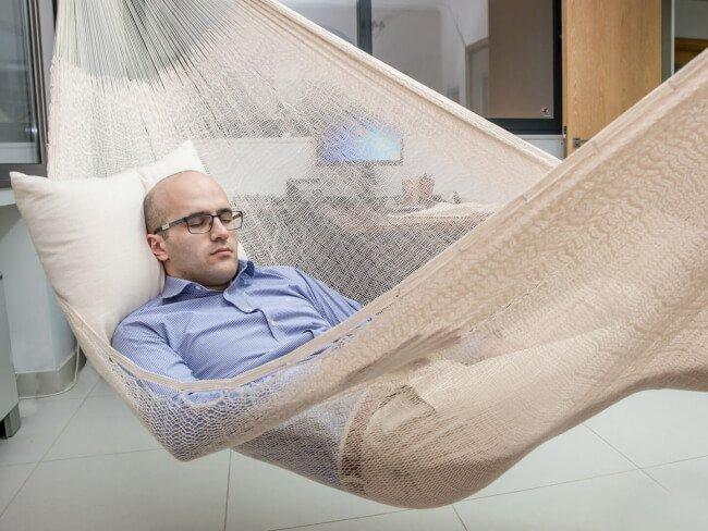 Classic Natural im Büro zum Power Napping